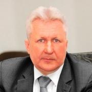 Уменьшилось число кандидатов в губернаторы Омской области