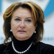 Елена Скрынник откровенно о том, где живет, чем занимается и как это – работать с президентом