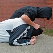В Омске 16-летний школьник жестоко избил одноклассника