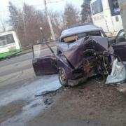 У Омского цирка насмерть разбился водитель