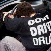 В Омске награжден водитель такси, оказавший содействие полиции в задержании нетрезвого автолюбителя