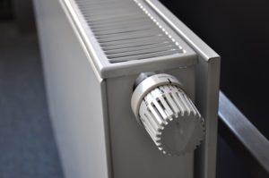 Жители Омской области могут сообщить о проблемах с отоплением в Роспотребнадзор
