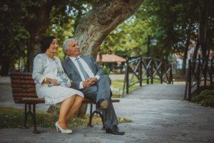 В Омской области ежегодно вступают в брак 500 пенсионеров