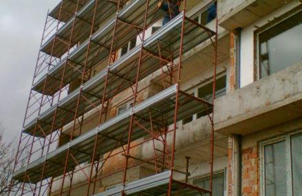 В 2021 году в Омской области запланировано отремонтировать около 600 домов